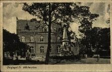 Głogówek : widok na budynek poczty, pomnik przy placu Wilhelma