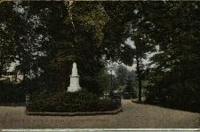 Głubczyce : park, pomnik
