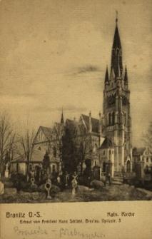 Branice : widok na kościół pw. Wniebowzięcia Najświętszej Marii Panny i na cmentarz
