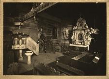 Gołkowice : wnętrze kościoła drewnianego
