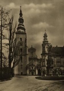 Henryków : widok na zespół klasztorny