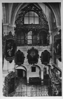 Henryków : wnętrze kościoła zespołu klasztornego Cystersów