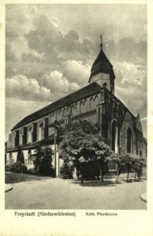Kożuchów : widok na kościół parafialny