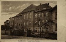 Strzelce Opolskie : budynek szkolny