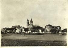 Krzeszów : widok mi.in. na zespół zabudowań klasztornych od strony południowo-zachodniej