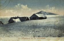 Karkonosze : widok ze Śnieżki na schronisko