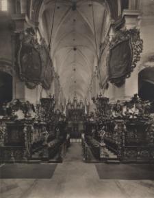 Henryków : stalle w kościele