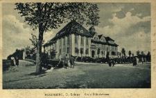 Olesno : budynek władz miasta i powiatu