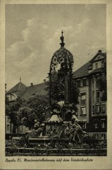 Oppeln : Monumentallbrunnen auf dem Friedrichsplatz