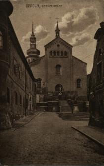 Opole : Bergelkirche [Kościół pw. Matki Boskiej Bolesnej i św. Wojciecha od strony ul. św. Wojciecha.Przed schodami widoczna figura św. Jana Nepomucena]