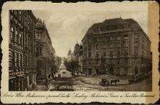 Lwów : ulica Mickiewicza i pomnik Smolki