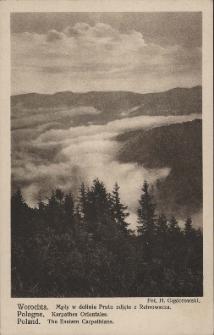 Worochta : mgły w dolinie Prutu zdjęte z Rebrowacza