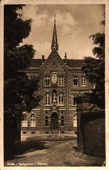 Nysa : fragment Domu Misyjnego Świętego Krzyża