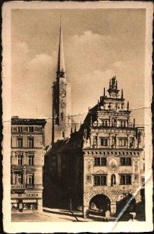 Nysa : wieża ratusza i Dom Wagi