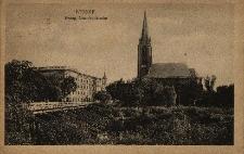 Nysa : widok z Radoszyna na neogotycki ewangelicki kościół garnizonowy i Most Berlińsko-Nyski