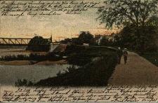 Brzeg : Park Nadodrzański - promenada nad brzegiem Odry